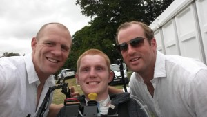 Mike Tindall and James Simpson-Daniel spot Rob at Gatcombe